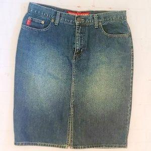 Guess Skirts - GUESS BLUE DENIM SKIRT ESTABLISHED 1981 SIZE 28